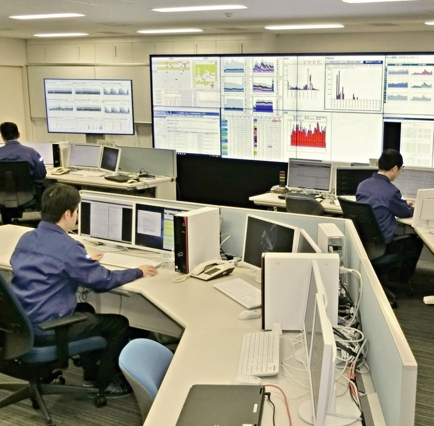 警察庁(総合職技術系)                                        採用情報サイト
